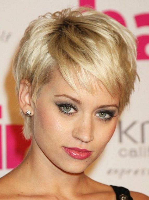 Cortes cabello corto para mujer cara redonda