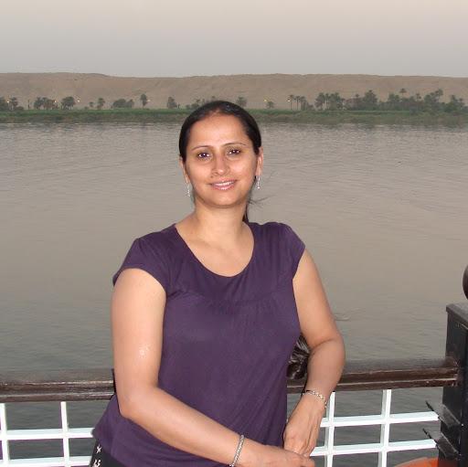 Sonal Kaur Photo 14