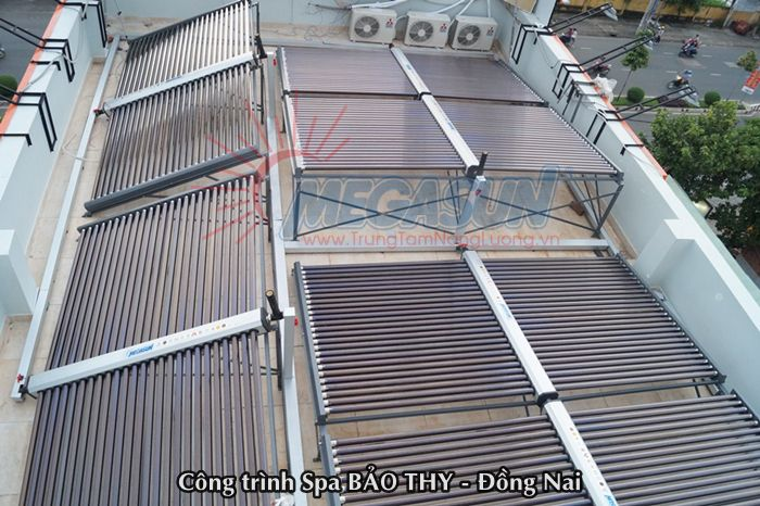 hệ thống máy nước nóng  năng lượng mặt trời tại Spa Bảo Thy - Đồng Nai