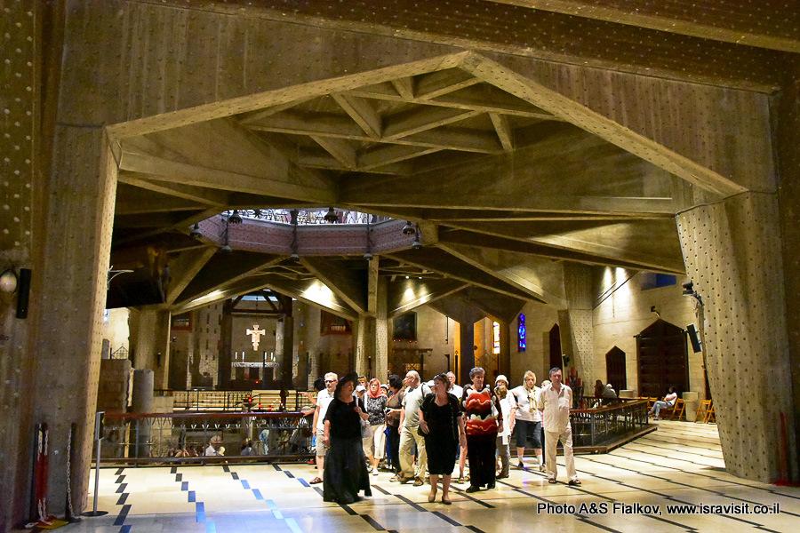 Экскурсия в нижнем зале Базилики Благовещения. Экскурсия гида Светланы Фиалковой.