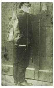 Der Hausschlachter kommt. Gottlieb Hanselle (Schlangen 1980). Quelle: Heimatland Lippe