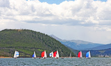 J/22 and J/24 sailing Dillon Open Regatta
