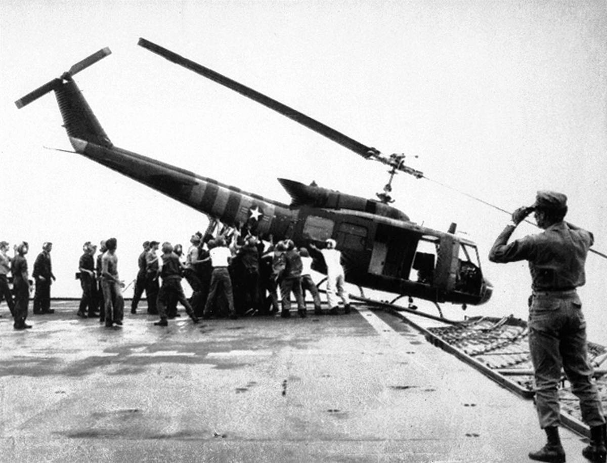 nixon helicopter photo with 35 Years After The Fall The Vietnam War In Picture on GJQAnDS0sV blog additionally Stunning Pictures From Vietnam War additionally Mississippi River Flood Thousands Forced Evacuate Homes besides Photos Of Missouri Floods December 2015 January 2016 likewise Far Cry 5 Side Missions Guide.