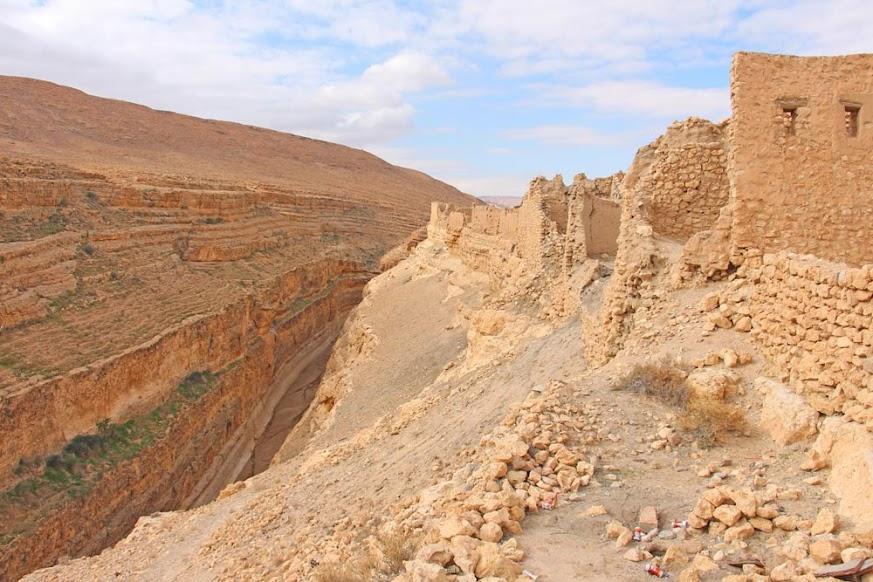 Visitar MIDÈS e explorar o oásis e canhão escondido nas montanhas | Tunísia