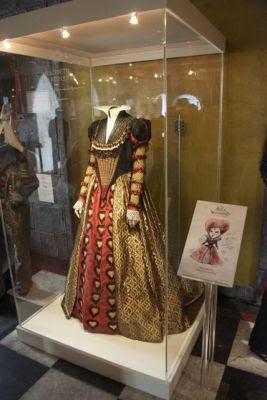 """el traje de la Reina de Corazones de """"Alicia en el País de las Maravillas"""" de Tim Burton"""
