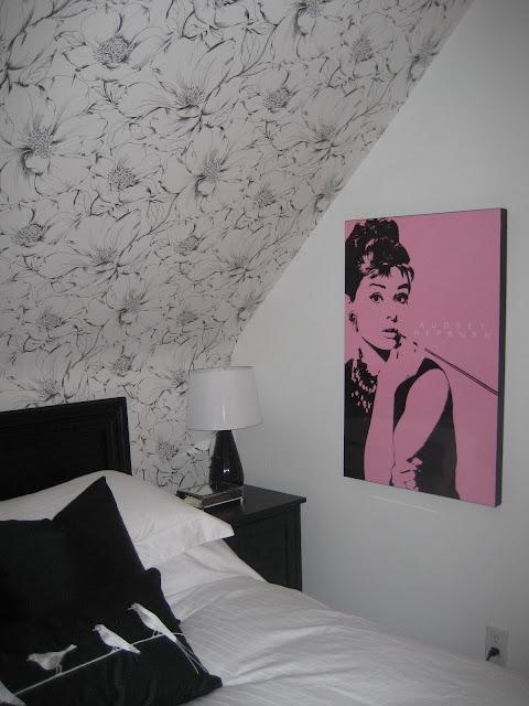 Modern jane black white bedroom a picture walk for Ikea audrey hepburn