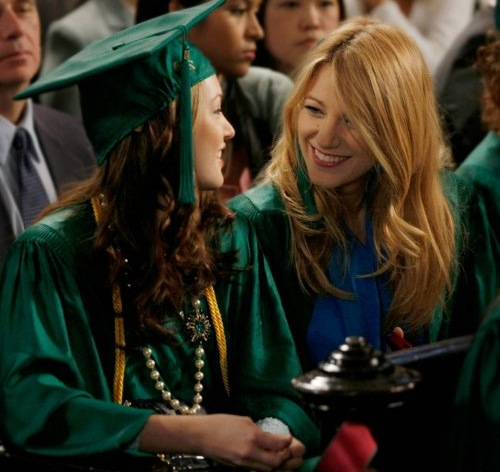 Blake Lively and Leighton Meester - Page 5 Graduation-day
