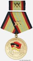 283b Medaille für treue Dienste in den Grenztruppen der Deutschen Demokratischen Republik in Gold für 20 Jahre www.ddrmedailles.nl