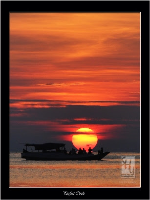 Turnamen Foto Perjalanan: Laut. Perfect Circle at Pearl of java Sea, Karimun Jawa. © Heri Shu