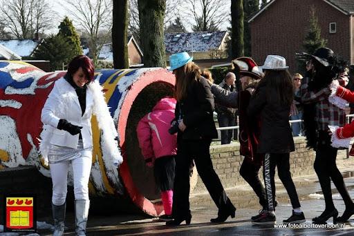 carnavalsfeest op school 08-02-2013 (1).JPG