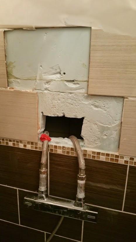 sortie de douche dans mur b ton cellulaire d pannage forum plomberie sanitaires syst me d. Black Bedroom Furniture Sets. Home Design Ideas