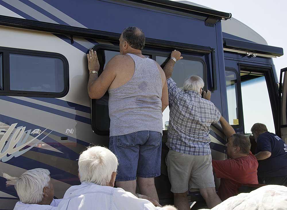 Happenings at florida grande progress update for Florida grande motor coach resort