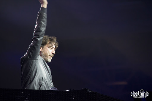 Benny Benassi at Lights All Night 1 12-30-2011.jpg