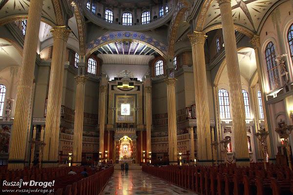 Wnętrza bazyliki w Licheniu