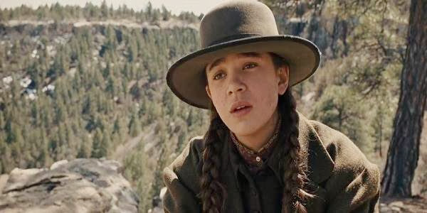 Screen Shot Of Hollywood Movie True Grit (2010) In Hindi English Full Movie Free Download And Watch Online at Alldownloads4u.Com