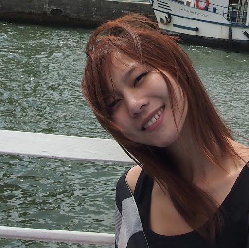 Qian Fang Photo 23