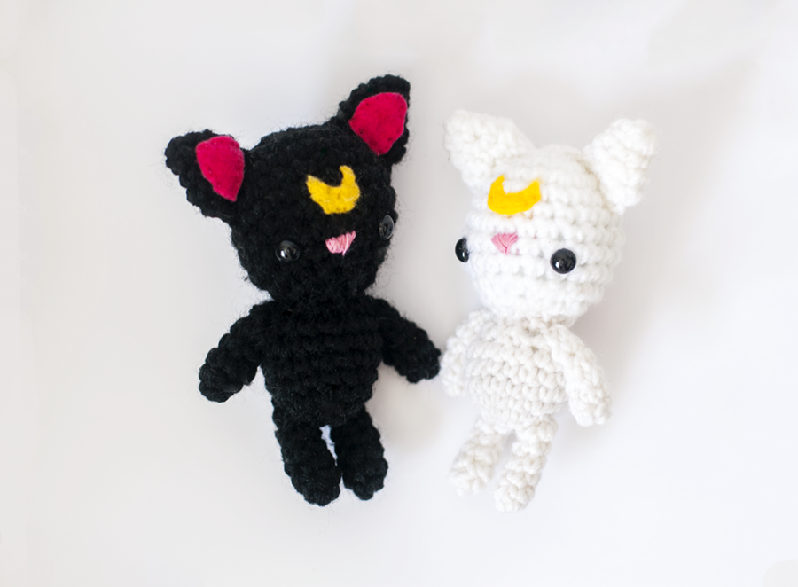 Luna and Artemis Amigurumi