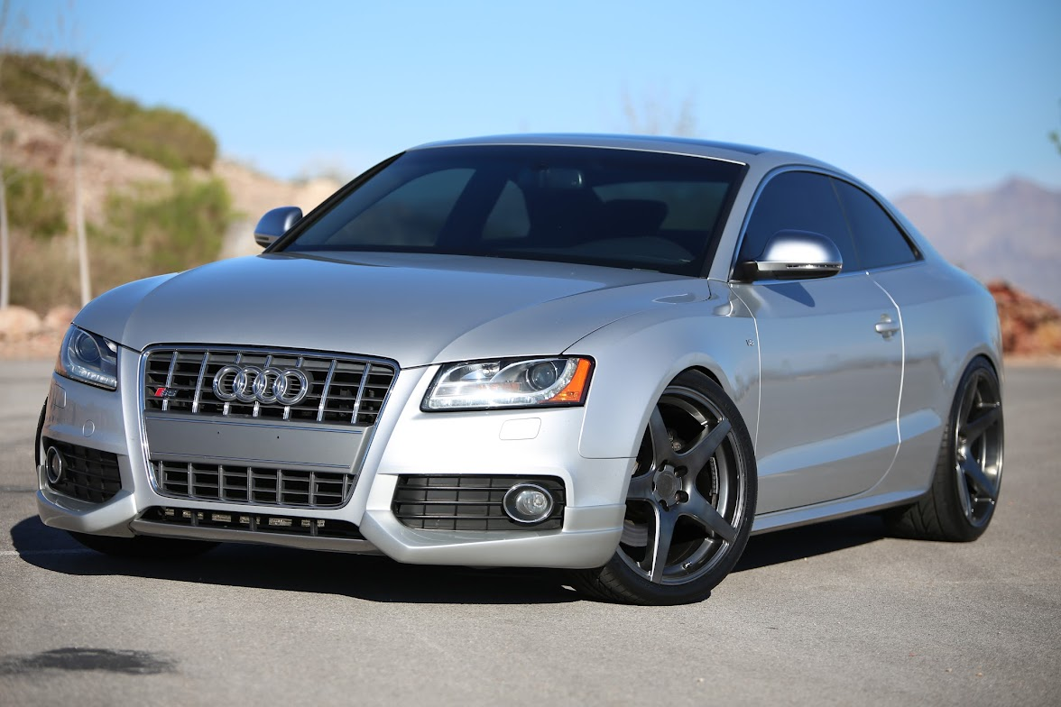 find used stunning 2008 audi s5 quattro lowered 6 spd. Black Bedroom Furniture Sets. Home Design Ideas