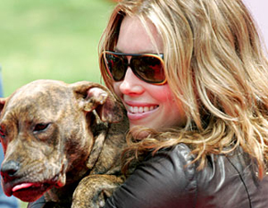 Jessica Biel and her dog Tina 2