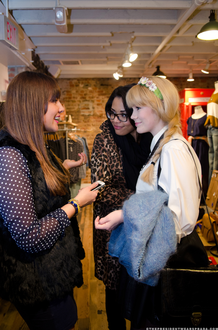 Waverly, Cheralee, Allix at the CapFABB meetup at Madewell