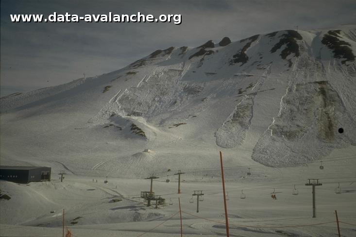 Avalanche Mont Thabor, secteur Punta Bagna, à droite du téléski de Roche 1 - Photo 1 - © Duclos Alain