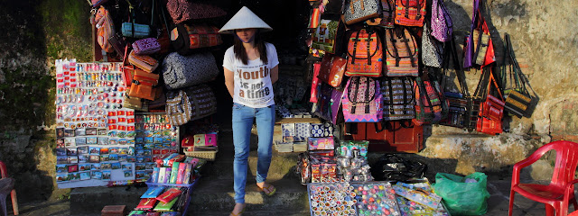 Souvenir shop in the old quarter of Hoi An, Vietnam