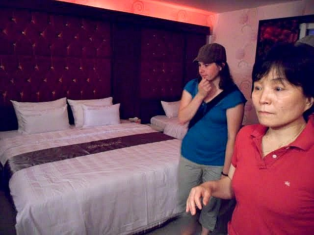 asking to see a room first, inside a korean love motel room