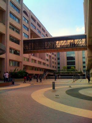 North South University, 15 NSU Main Campus Road, Dhaka 1229, Bangladesh