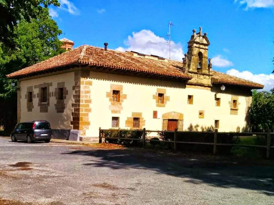 Albergue de peregrinos Nuestra Señora de Carrasquedo, Grañón, La Rioja, Camino de Santiago