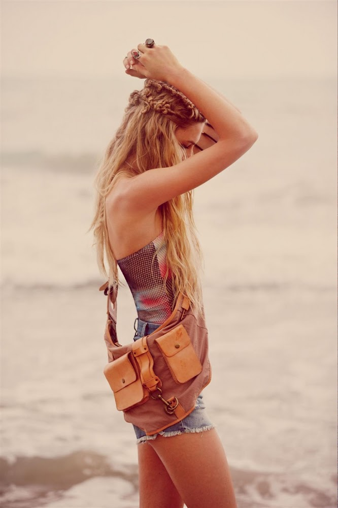 I love this shoot its amazing:Boho chic