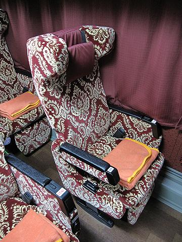 弘南バス「津輕号」 700 レギュラーシート