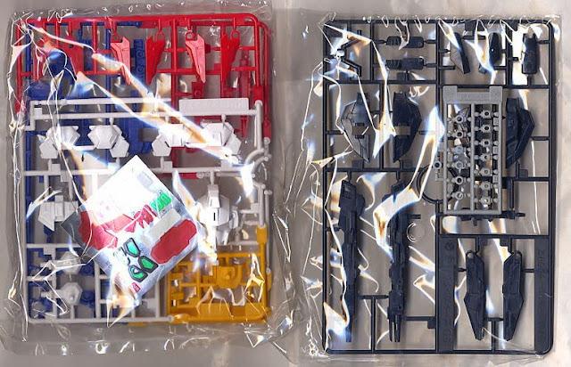Mô hình Zeta Gundam được làm từ chất liệu nhựa cao cấp an toàn
