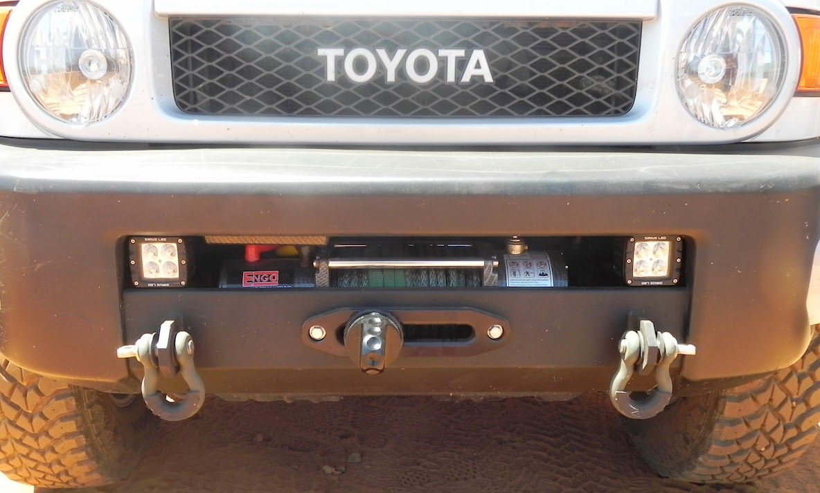 OVERSTOCK SALE: FJ Winch Mount Bumpers Fj_bumper_engo_lights