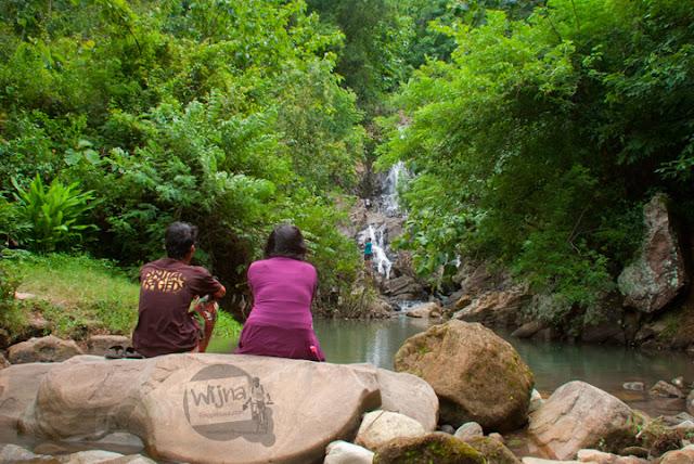 Curug Bayat, Klaten dekat Curug Indah Gedangsari, Gunungkidul, Yogyakarta pada Januari 2012