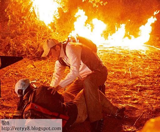 王維基重口味劇《三面形醫》真人整容 火燒林文龍