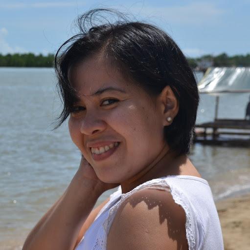 Sarah Antonio Photo 23
