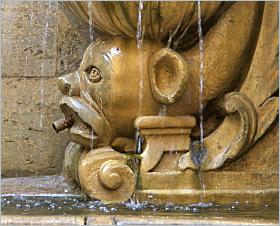 Sizilien - Trapani - Saturn-Brunnen - Der Fontana di Saturno in der Piazza Scarlatti.