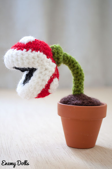 Piranha plant, Mario videogames - Enemy Dolls