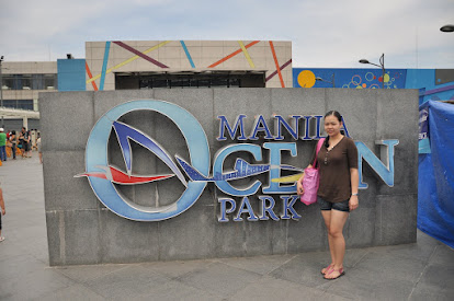 Entrance Manila Ocean Park - Featuring Rosadelle Cruz