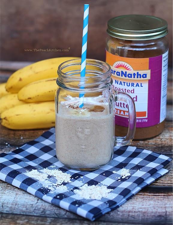 Banana Almond Smoothie | www.thepeachkitchen.com