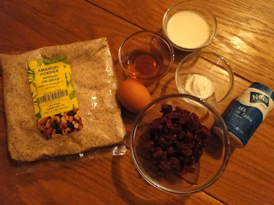 Ingredients: almond meal, egg, honey, dried cranberries