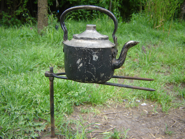 Sistemas de sujeción en la cocina de campaña DSC01427