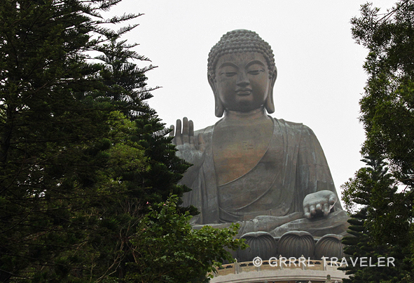giant buddha around the world, giant buddha hong kong, hong kong attractions, hong kong sightseeing, top things to do and see in hong kong