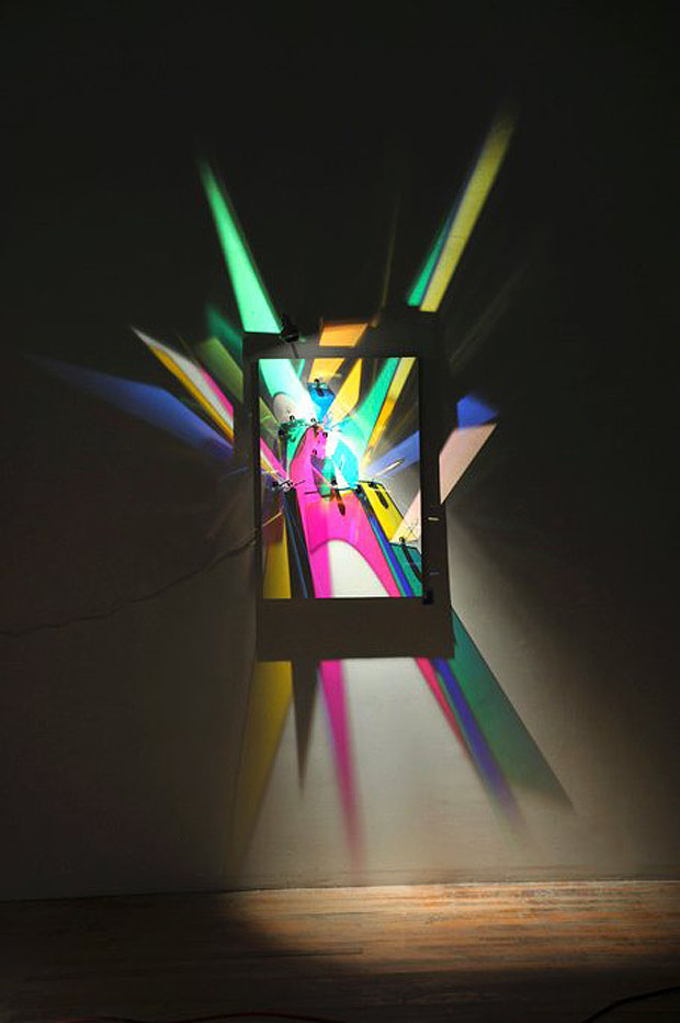 Stephen Knapp Turns Light Into Stunning Visual Art