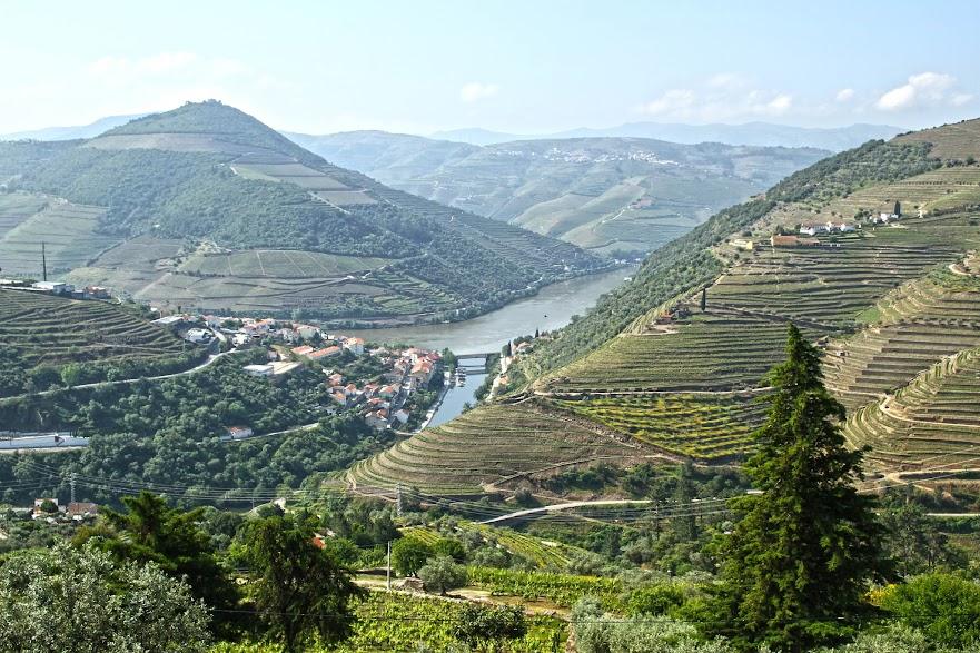 Visitar o ALTO DOURO VINHATEIRO, paisagens e histórias | Portugal