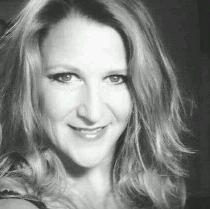 Pamela Franklin (Bamelabooneface)