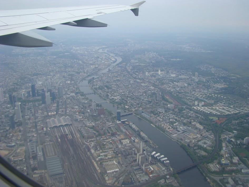飞离法兰克福