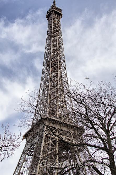 Eiffel kulesinin üst kısmı, Paris