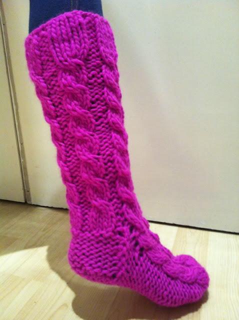 Provocare tricotat nr. 1 - Şosete, botoşei, jambiere. - Pagina 4 IMG-20121129-WA0003