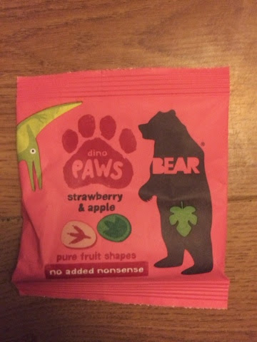 contents of Degustabox pack of Bear Paws